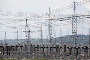 Os últimos leilões de energia realizados em dezembro contrataram empreendimentos para geração de energia por 4 e 6 anos