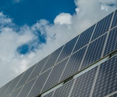 photovoltaic-system-2742308_960_720