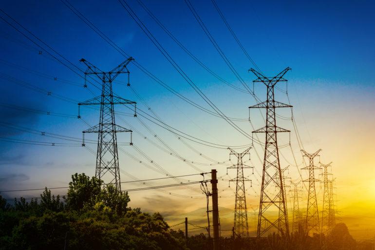 Governo edita medida provisória para tentar reduzir tarifa de energia até 2025