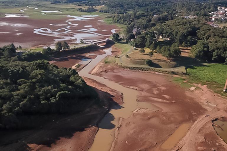Seca agrava crise hídrica no Paraná