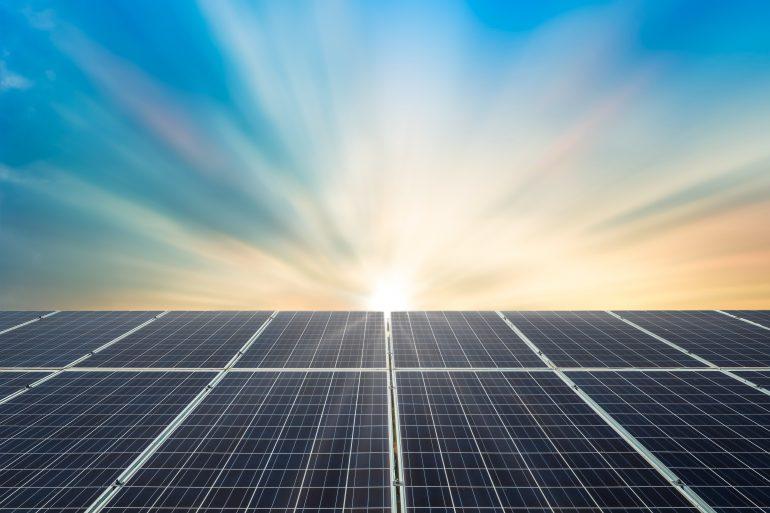 Energia solar triplicou no Brasil em 1 ano